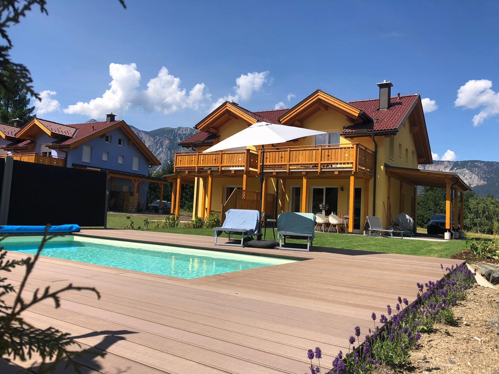 Huis_zomer_zwembad_overview